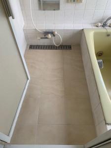 T邸浴室タイル2